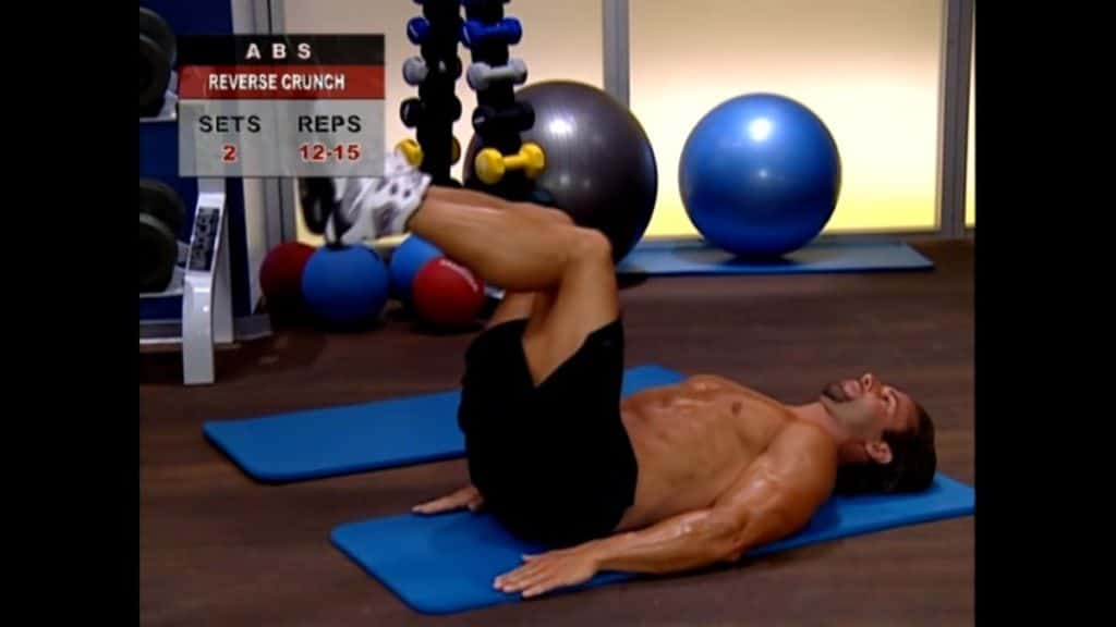 reverse crunches, best bodyweight exercises, reverse crunch, body weight exercise, bodyweight workout, best bodyweight workout