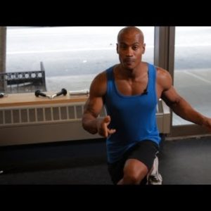 Simple Bodyweight Back Exercise: The Crossover Reverse Lunge