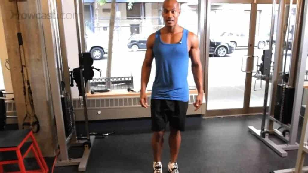 bodyweight back exercise, bodyweight exercises, bodyweight workout, body weight exercises crossover reverse lunge mid position