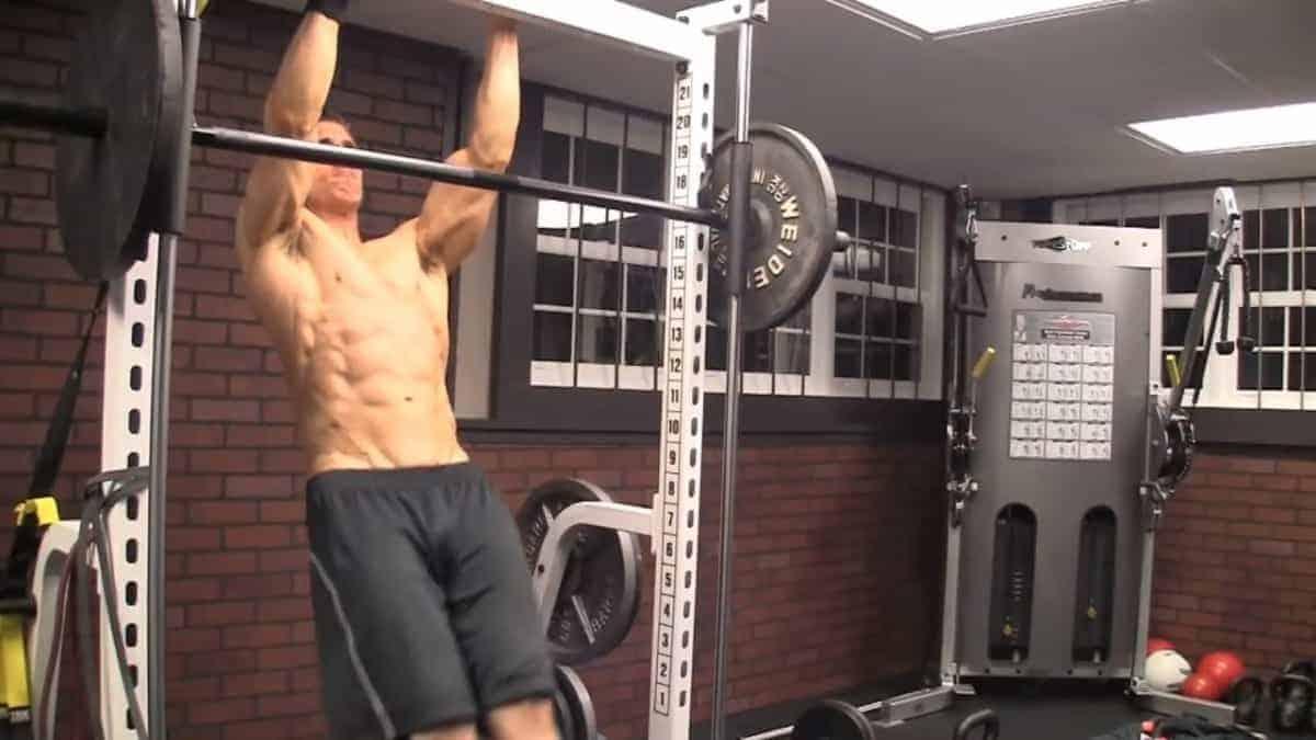 8 Best Bodyweight Exercises For Men
