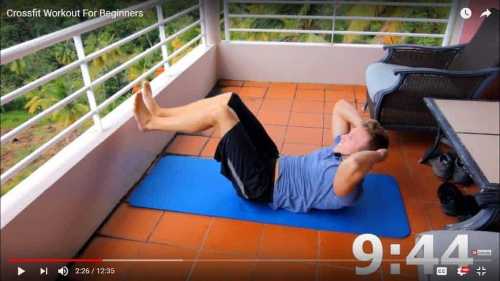 beginner bodyweight workout - crunches