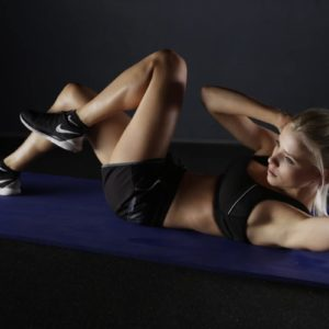 10-Minute Bodyweight Workout For The Core And Butt