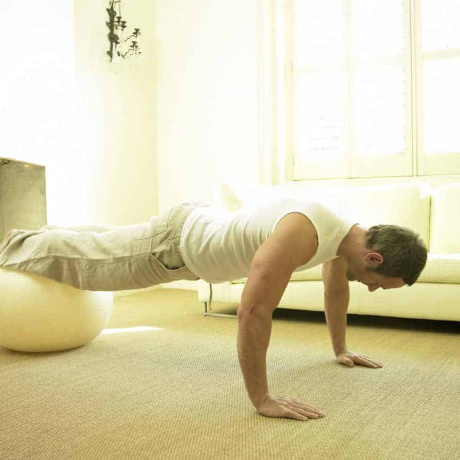 5 Push-Ups To Add To Your Bodyweight Chest Workout